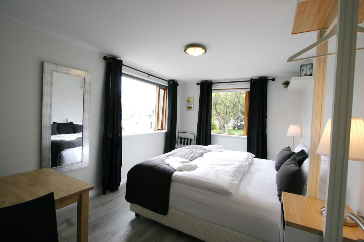 Room #2_a